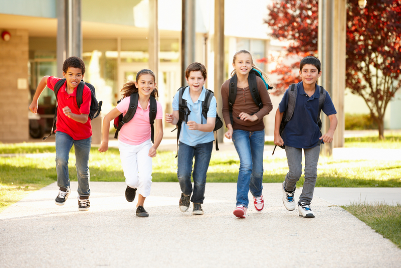 Children running to school.   - Developing a Healthy Morning Ritual For Your Kids